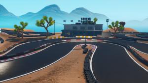 تکمیل یک دور از مسیر مسابقه